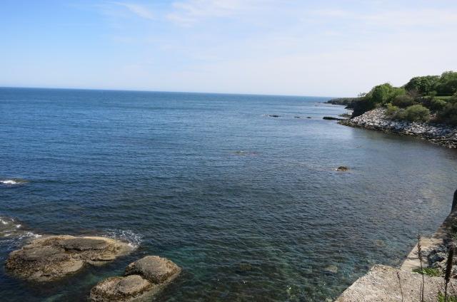 Cliff Walk Water 4